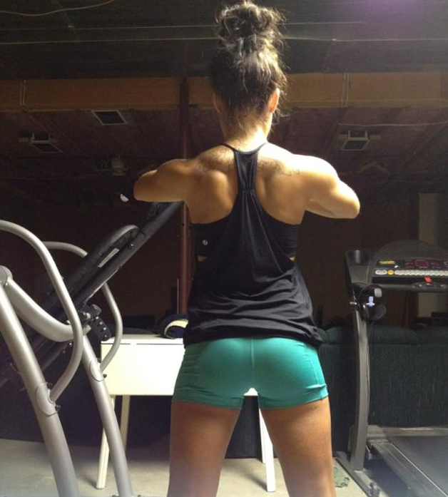 perfect female back muscles ripped
