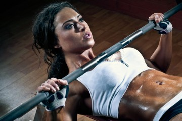 female bench press abs
