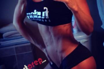 Julie-Bonnett-Fitness-Six-Pack