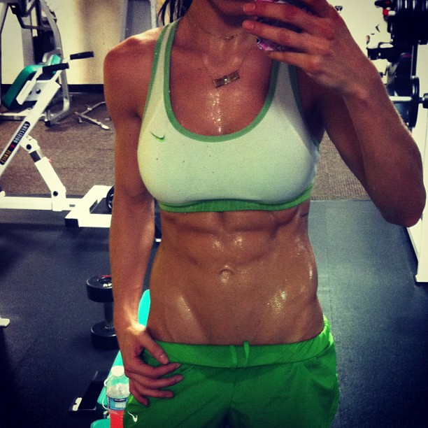 Unexpectedness! Girls with hard abs