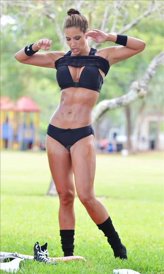 model Jennifer fitness nicole lee