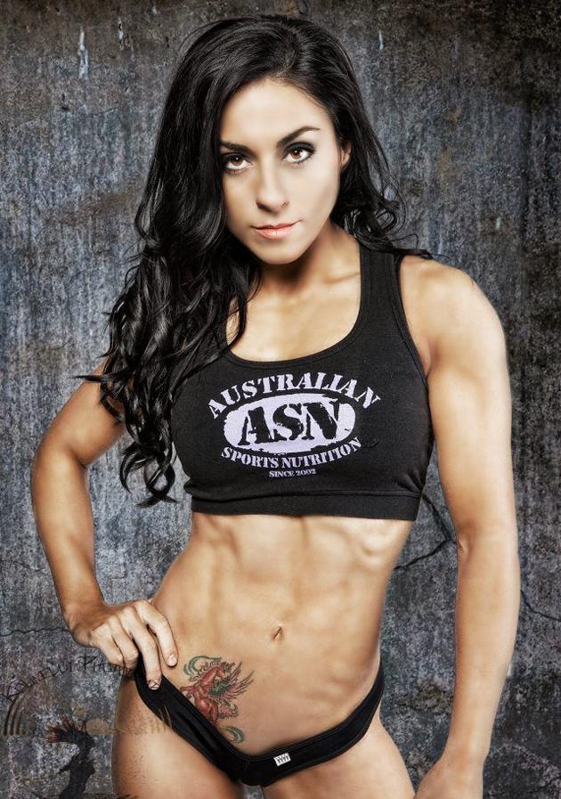 Laura-Debenedictis-Fitness