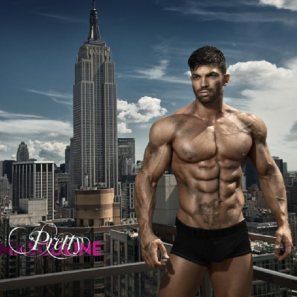 Sergi Constance - The Best 46 Pics Of This Shredded