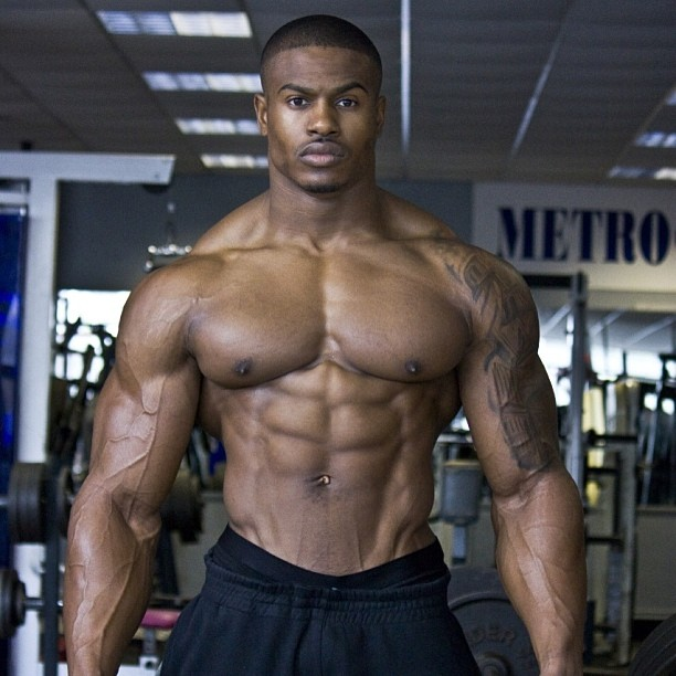 Fitness Model Simeon Panda - Ultimate Fitness Model Abs