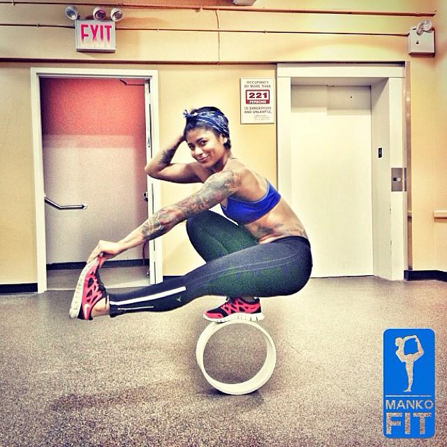 model-yoga