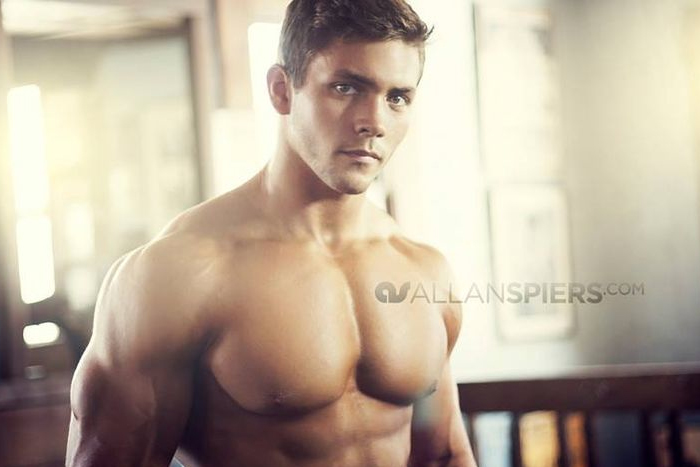Sam-Shepherd-Fitness-Model