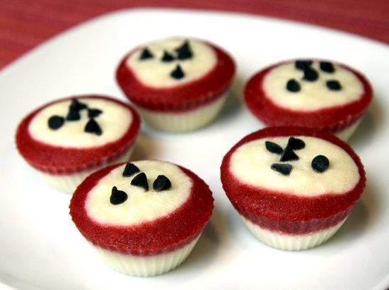 12_frozen_yogurt_cupcakes
