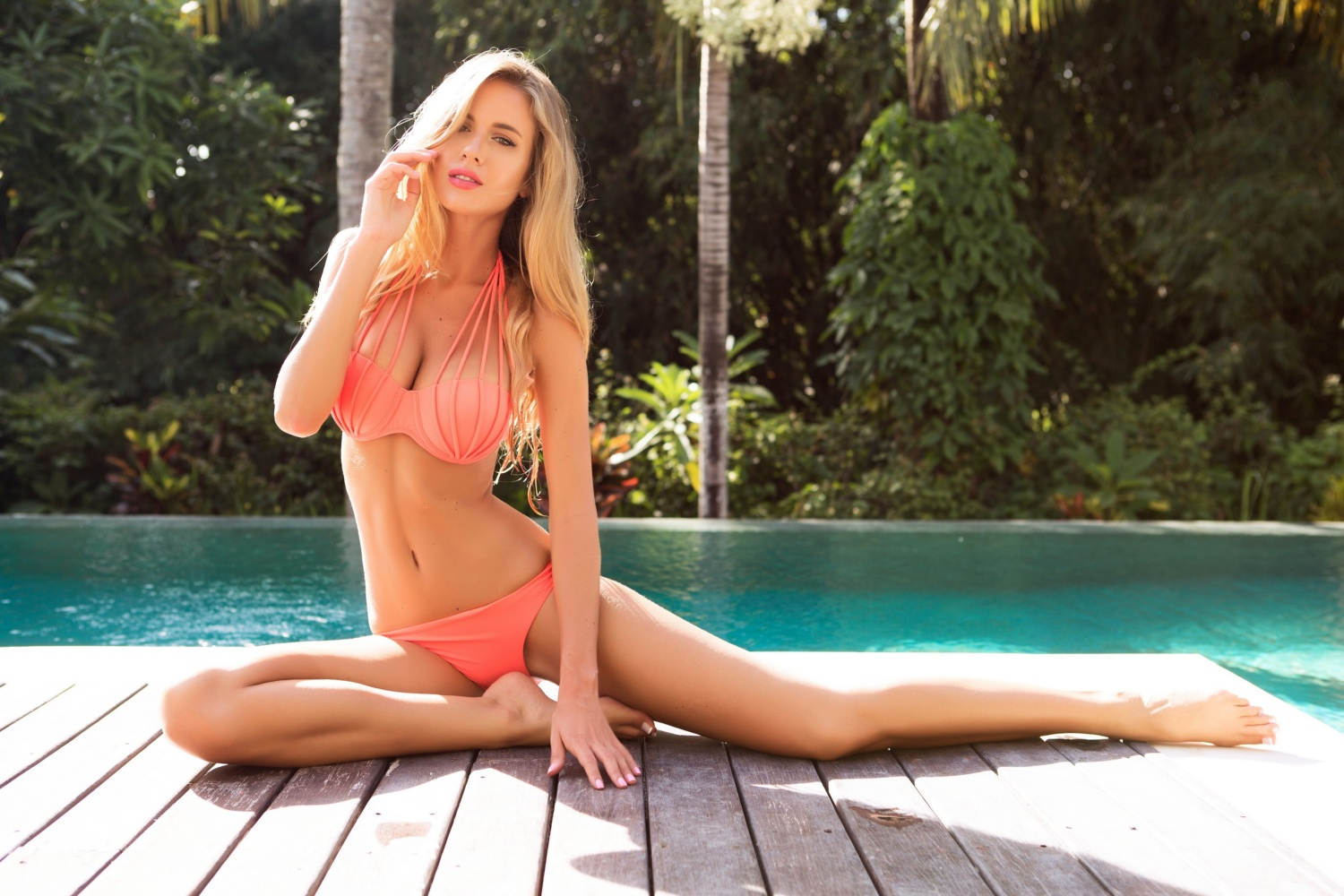 Fitness Model Renee Somerfield's Best 25 Motivational Instagram Pics!