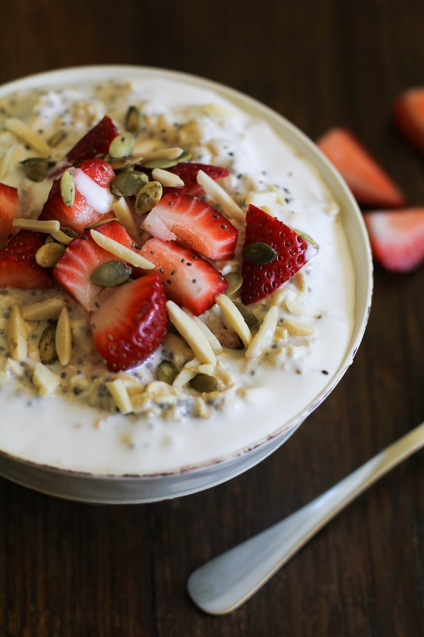 23. Strawberry Oatmeal Breakfast Bowls
