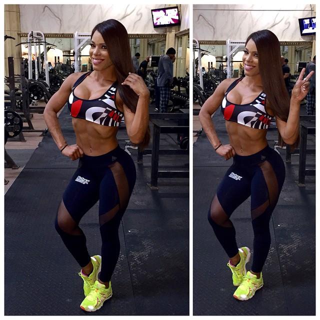 Yarishna Ayala19
