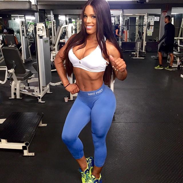 Yarishna Ayala24