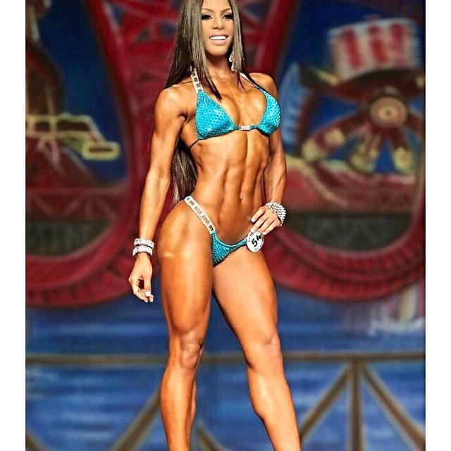 Yarishna Ayala9