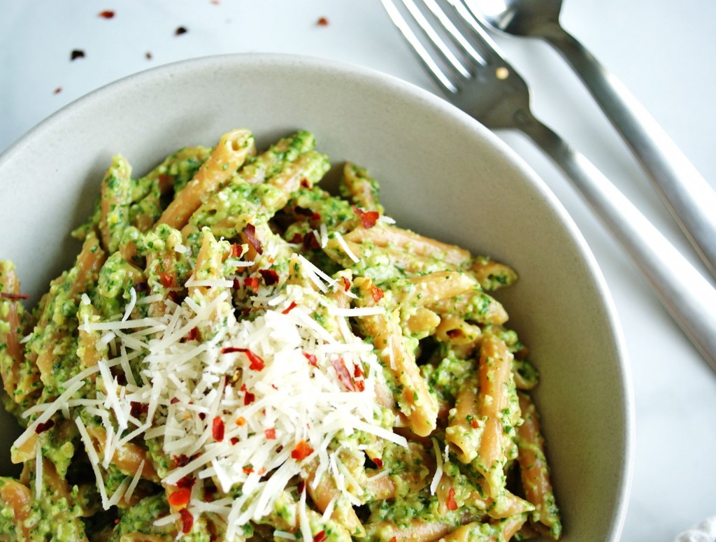 1. Lentil Pasta With Arugula Pesto 397 calories