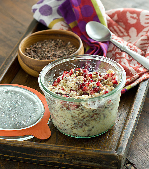 10 Overnight Chocolate Oatmeal Recipes You Can't Wait To Wake Up To!