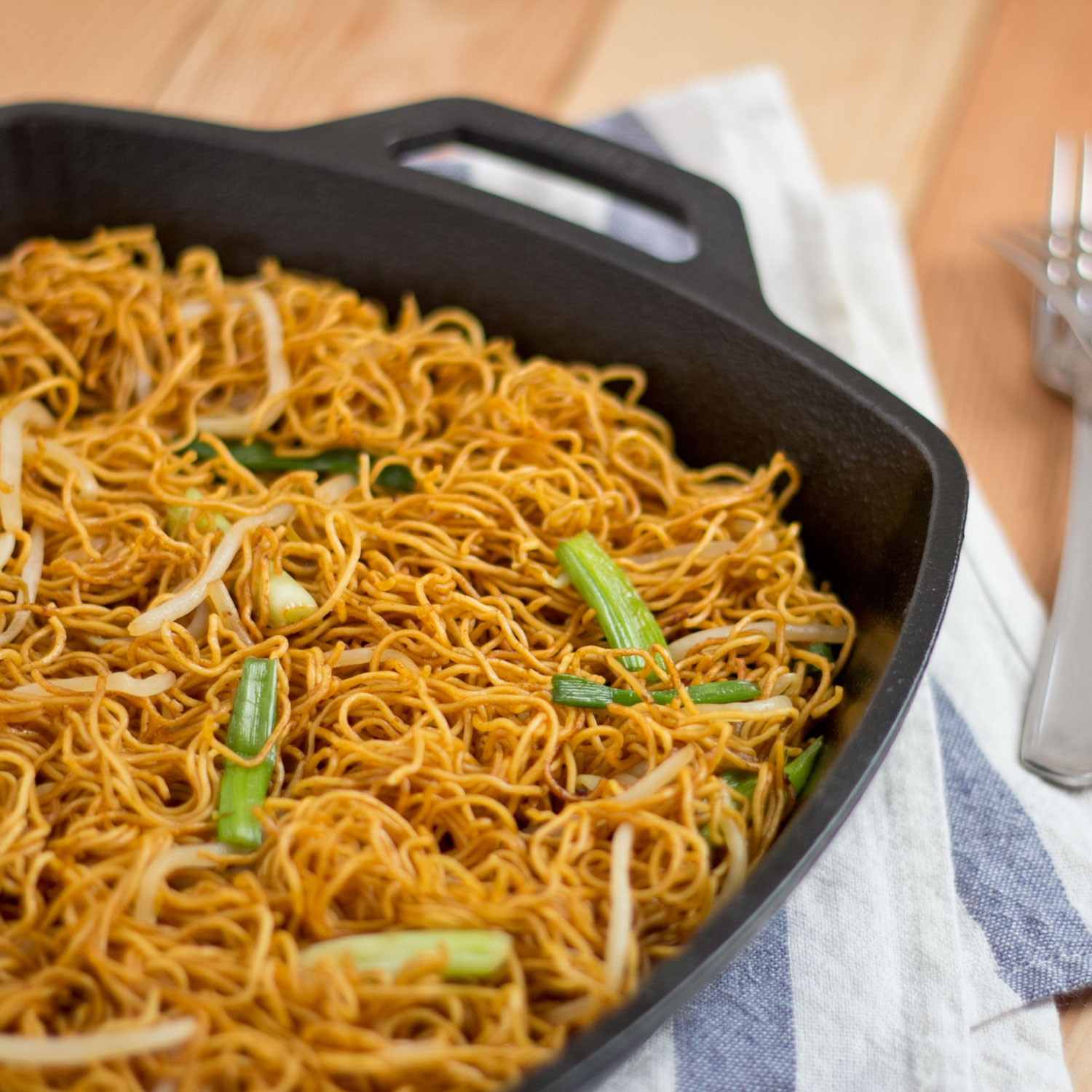 8 Pan Fried Noodles With Soy Sauce Trimmedandtoned