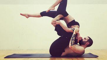 Yoga-Couples-Pics