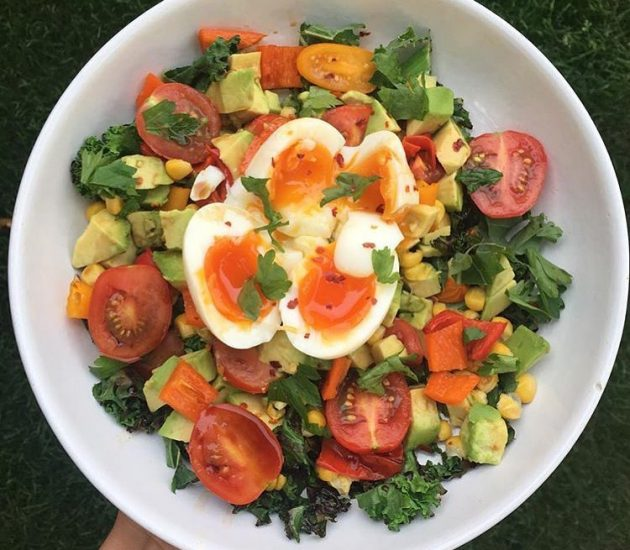 boiled-eggs-with-mixed-salad