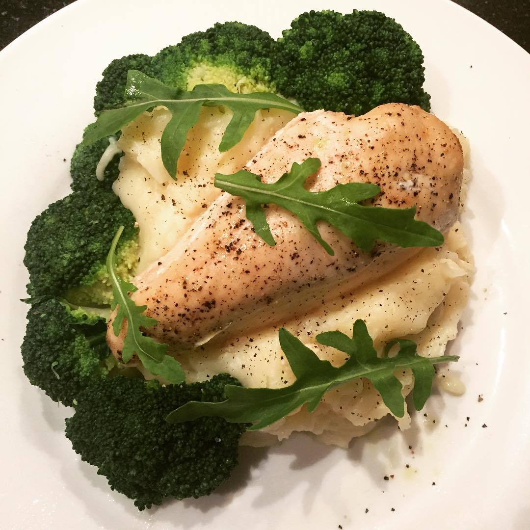 chicken-mash-broccoli